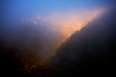 Photograph - Mortons Overlook by Byron Jorjorian