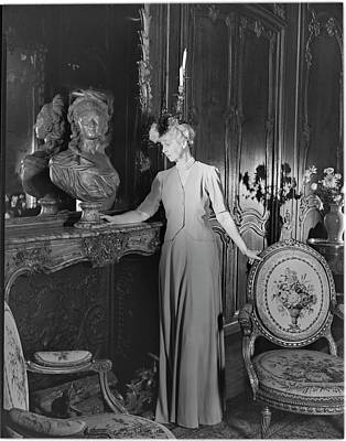 Consuelo Photograph - Mrs. Jacques Vanderbilt In An Ornate Room by Horst P. Horst