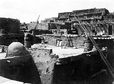 Zuni Photograph - New Mexico Zuni Pueblo by Granger