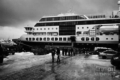 Passengers Disembarking Ms Midnatsol Hurtigruten Cruise Ship Berthed In Honningsvag Harbour Norway E Art Print