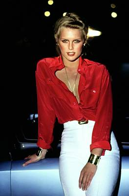American Car Photograph - Patti Hansen Wearing A Red Shirt by Arthur Elgort