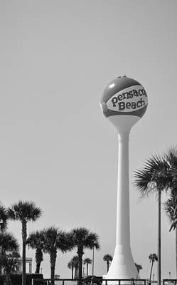Photograph - Pensacola Beach Ball by Vonda Barnett