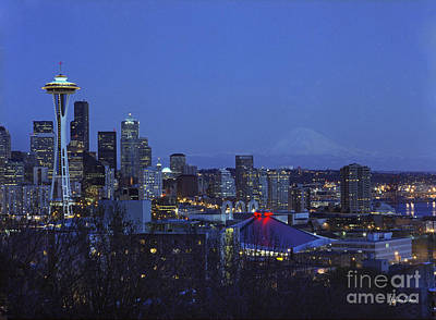 Washington Driftwood Beach Fog Wall Art - Photograph - Seattle At Night by Yefim Bam