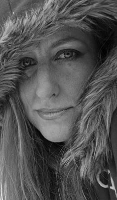 Women Painting - Self Portrait by Jani Freimann