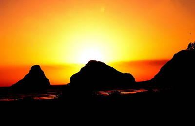 Photograph - Setting Sun by Kathy Sampson