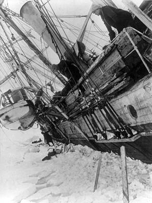 Historic Schooner Photograph - Shackletons Endurance Trapped In Pack by Science Source