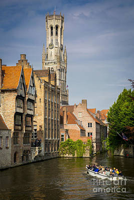 Photograph - Sightseeing Bruges by Brian Jannsen