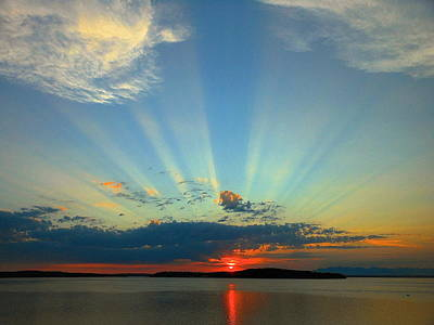 Splendor In The Sky Art Print