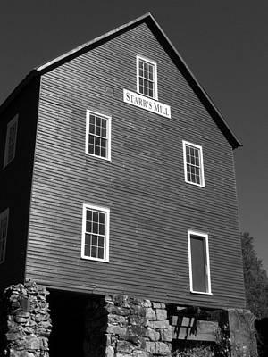 Stock Fitness Photograph - Starrs Mill Ga by Jake Hartz