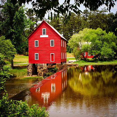 Starrs Mill Photograph - Starr's Mill by Robert Hainer