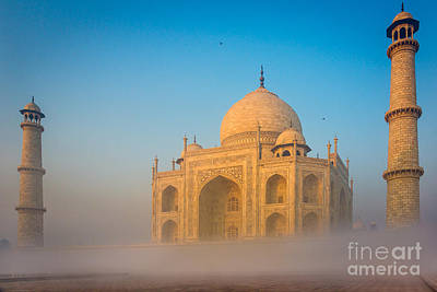 Arches Memorial Photograph - Taj Mahal In The Mist by Inge Johnsson