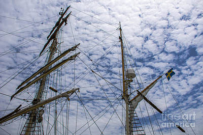 Airport Maps - Tall Ship Mast by Dale Powell