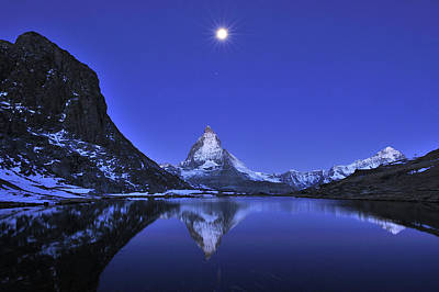 The Matterhorn And Riffelsee Lake Print by Thomas Marent
