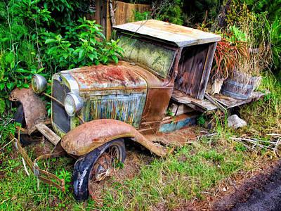 Photograph - Truck 1 by Dawn Eshelman