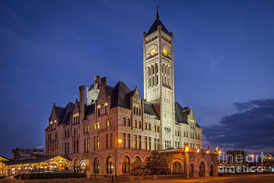 Photograph - Union Station Twilight by Brian Jannsen
