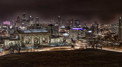 Station Photograph - Union Station Night by Taylor Franta