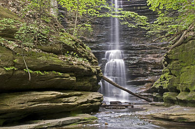 Waterfall At Matthiessen State Park Art Print