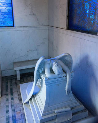 Metairie Cemetery Photograph - Weeping Angel Iv by Chris Moore