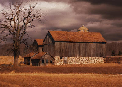 Rustic Barn Painting - Wisconsin Barn by Jack Zulli