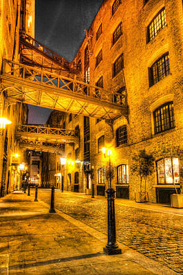 Photograph - Butlers Wharf London by David Pyatt