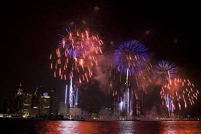 Detroit Fireworks Art Print by Gary Marx