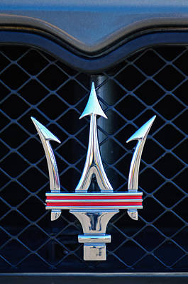 Vehicle Photograph - 2005 Maserati Gt Coupe Corsa Emblem by Jill Reger