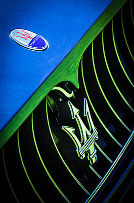 2008 Photograph - 2008 Maserati Gran Turismo Grille Emblem by Jill Reger