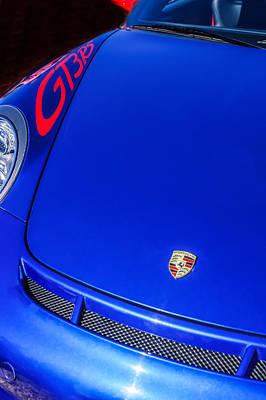 Gt3 Rs Photograph - 2011 Porsche Gt 3 Rs Hood Emblem -0710c by Jill Reger