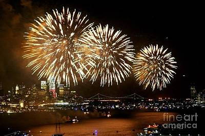 Photograph - 2013 Macy's Fireworks by Living Color Photography Lorraine Lynch