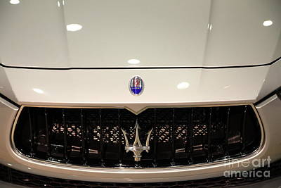 Photograph - 2014 Maserati Ghibli S Q4 Sport Sedan 5d26989 by Wingsdomain Art and Photography