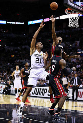 Photograph - 2014 Nba Finals - Game Two by Andy Lyons