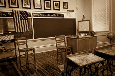 Photograph - 20th Century Classroom 1 by Lewis Mann