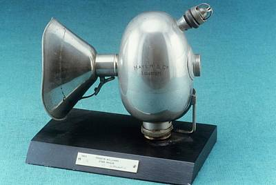Williams Photograph - Anaesthetic Inhaler by Science Photo Library