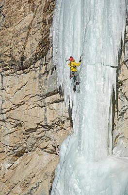 Landscapes Kadek Susanto - Ice Climb by Elijah Weber