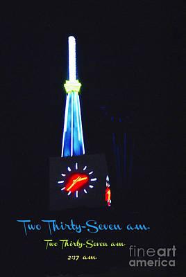 237 Neon Clock Dallas Original