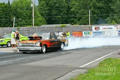 Drag Racing Wall Art - Photograph - 27371 07-26-14 Esta Safety Park 10k Race by Vicki Hopper