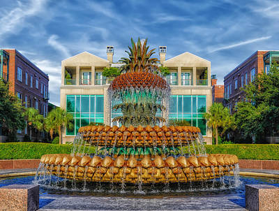 Pineapple Fountain - Morning At Waterfront Park Art Print by Frank J Benz