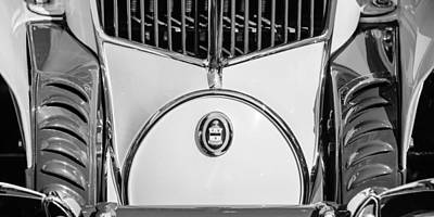 Photograph - 1930 Cord L-29 Speedster Grille Emblem by Jill Reger