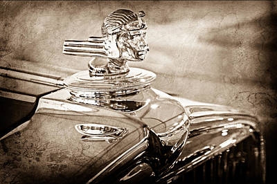 1933 Stutz Dv-32 Hood Ornament Art Print