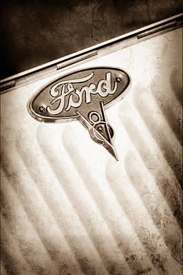 1934 Ford V8 Emblem Art Print