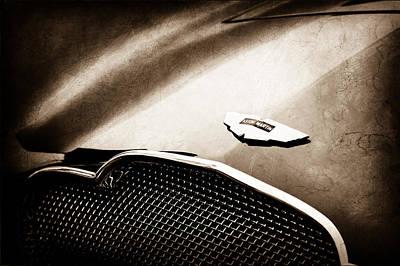 Aston Martin Db2 Photograph - 1953 Aston Martin Db2-4 Bertone Roadster Hood Emblem by Jill Reger