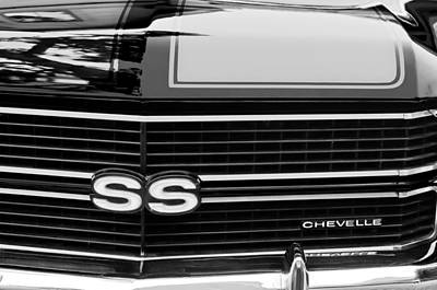 White Chevy Photograph - 1970 Chevrolet Chevelle Ss Grille Emblem by Jill Reger