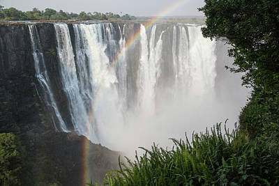 Victoria Falls Photograph - Africa, Zimbabwe, Victoria Falls by Jaynes Gallery