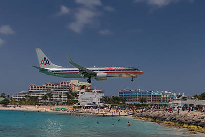 American Airlines At St. Maarten  Art Print by David Gleeson
