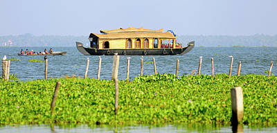Dugouts Photograph - Asia, India, Kerala (backwaters by Steve Roxbury