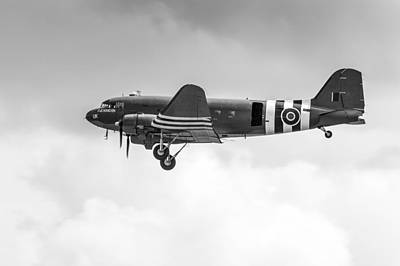 Photograph - Bbmf Dakota Kwicherbichen Takes Off Black And White Version by Gary Eason