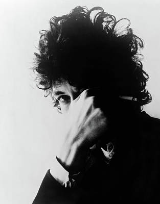 Bob Dylan Photograph - Bob Dylan (1941- ) by Granger