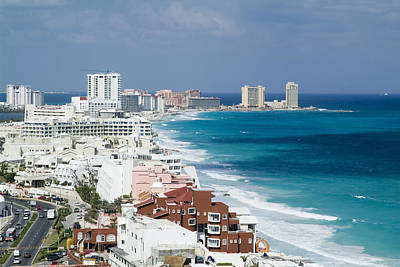 Photograph - Cancun, Quintana Roo by Victor Elias