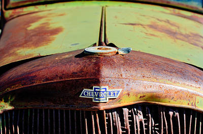 Rusty Car Photograph - Chevrolet Grille Emblem by Jill Reger