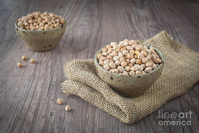 Wooden Bowl Photograph - Chickpeas by Sabino Parente